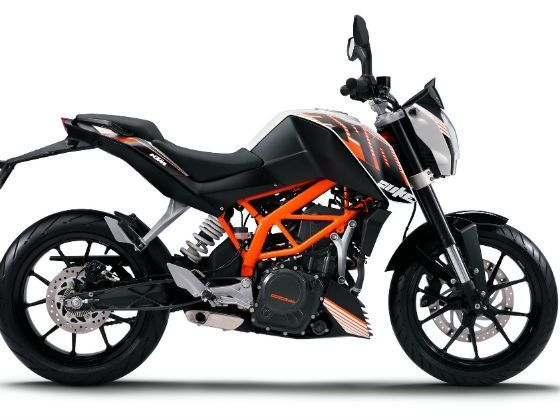 KTM Duke 390 with it's specifications