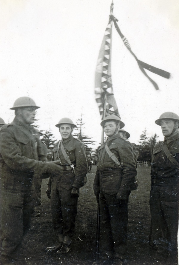 Jan Kubiš in Britain as the standard-bearer with banner of 1st Infantry Battalion (December 1940).