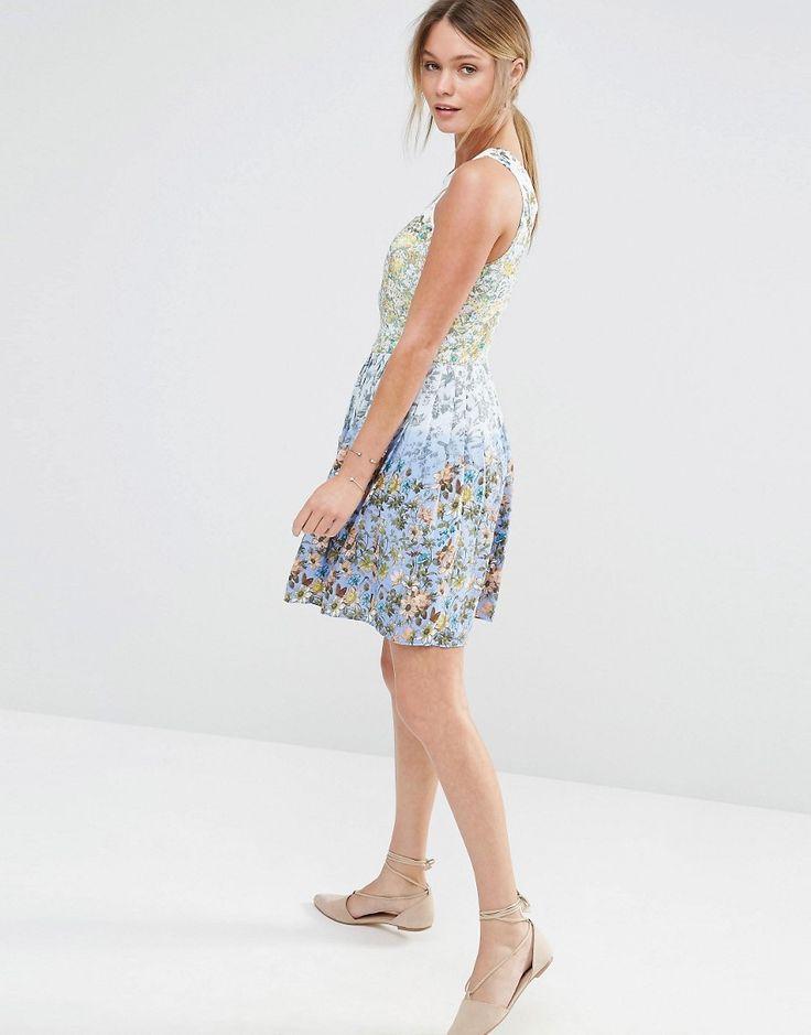 Immagine 4 di Oasis - Vestito a pieghe sfumato con fiorellini