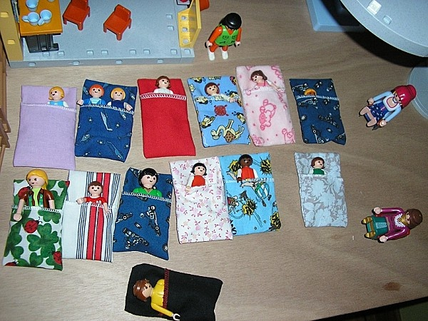 playmobil sleeping bags
