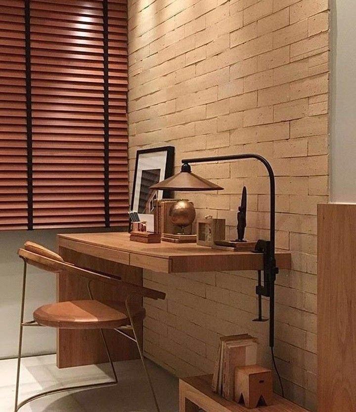 Projeto super bacana, pra quem gosta de tijolinhos na parede e esse estilo rústico. Detalhe da cadeira design da @muuidesign_. (Projeto @angelamedradoarqinteriores)  .  #earqdecor #decor #decoração #interiores #arquitetura #construção #design #instadaily #instadecor #home #homestyle #architecture #world #beautiful #top #instamood #l4l #shoutout #f4f #inspiração #amazing #house #arquiteta #perfect #igers #love #tbt #photooftheday #instagood #archilovers