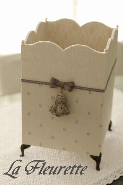 大人気のドット柄のダストボックスの画像 | 布のインテリア*La Fleurette の Diary