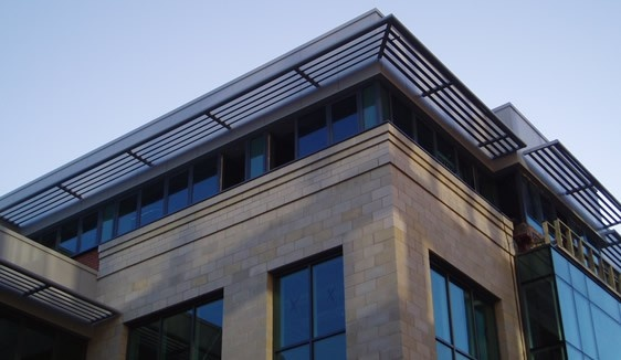 Solex Linear horizontally projecting brise soleil - by Solinear Ltd.