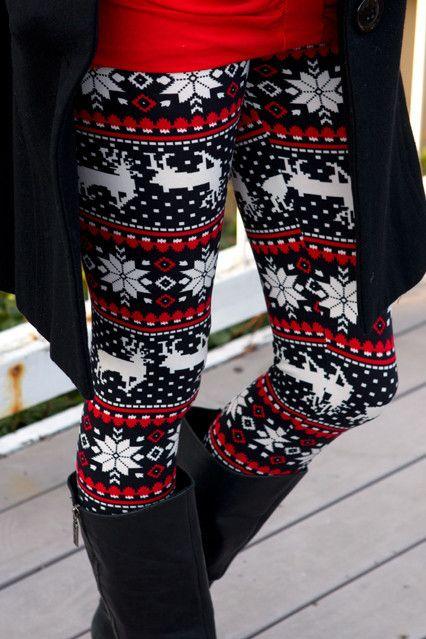 """""""Holiday Reindeer Print"""" leggings<3"""