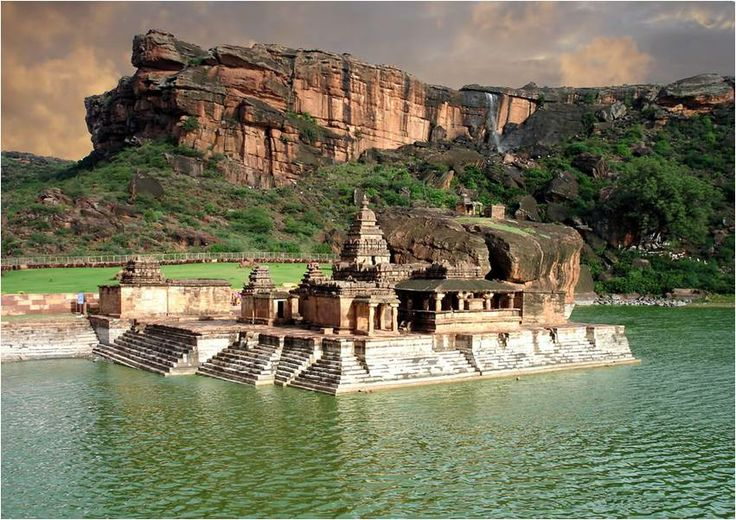 Bhootnath Temple, Badami , Karnataka : I can't think of a better location for a temple...Seems like this place has repelled the effect of time and preserved itself.