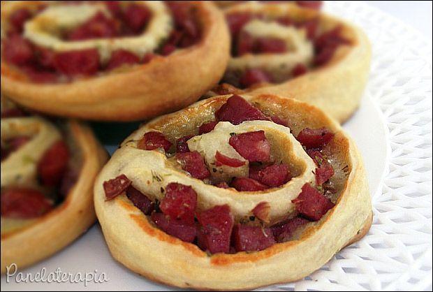 Rocambole de Calabresa ~ PANELATERAPIA - Blog de Culinária, Gastronomia e Receitas
