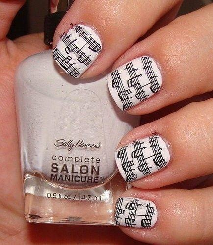 Another take on newspaper nails- Music note #nails