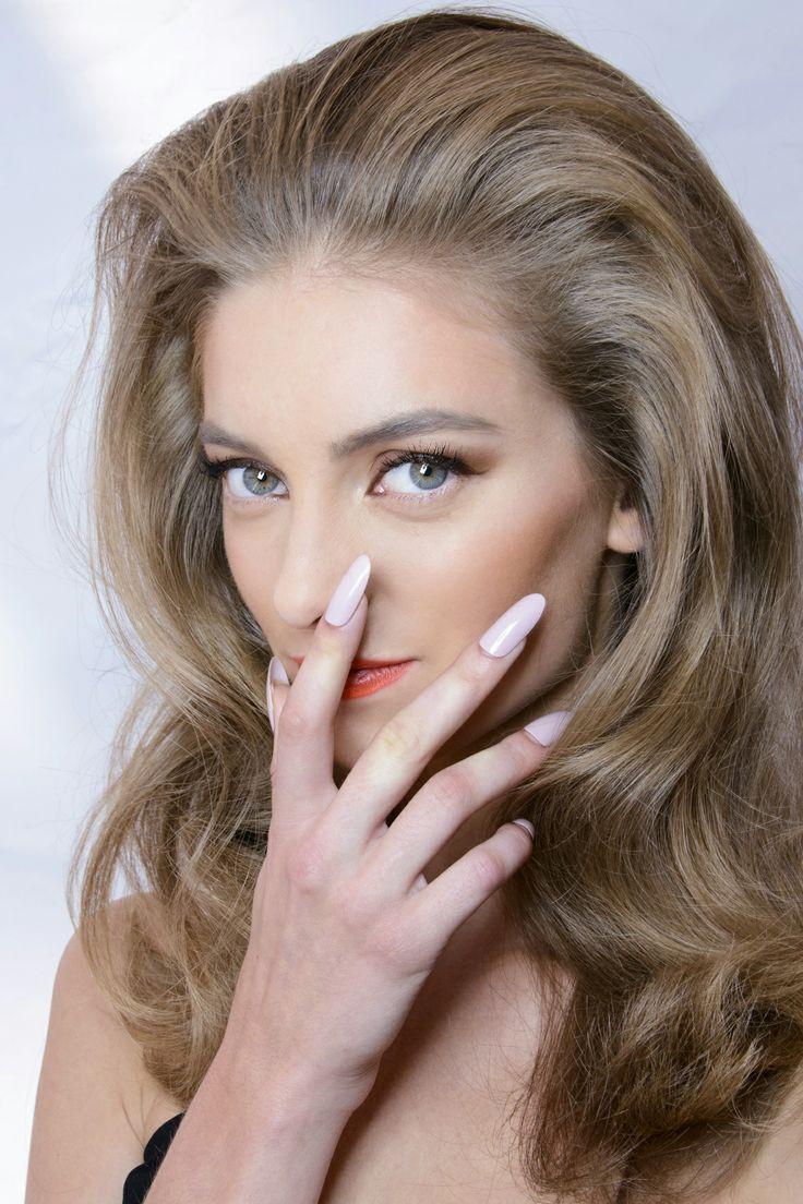 Manicure: trendy wiosna-lato 2014, DSquared2, fot. Imaxtree