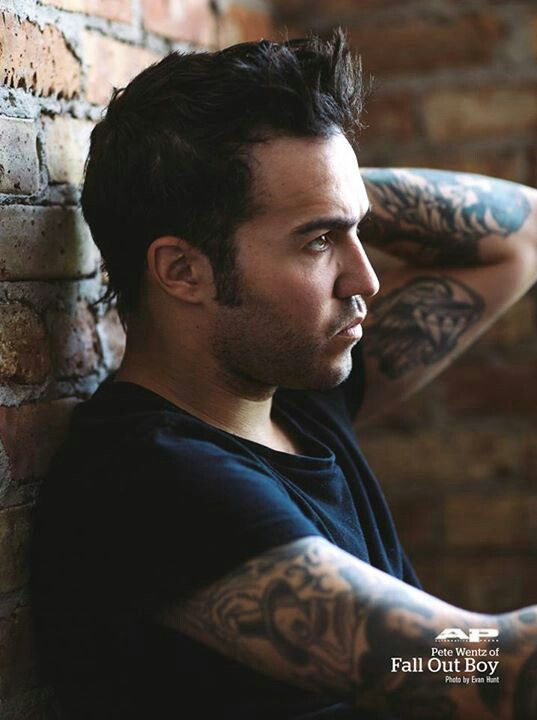 {Pete Wentz} Hey, my name's Pete and I'm a werewolf. I'm second in command of the Rosemoor pack. I'm fierce and not to be messed around with so I'd advise to leave me be. I'm 23 and I am one of the best warriors in the pack, under the alpha of course.