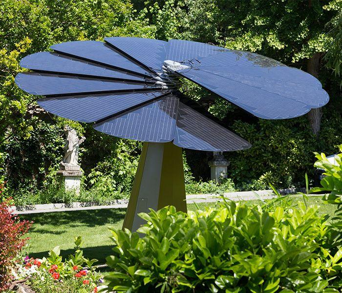 Smartflower ; énergie solaire (fabriquée en Autriche, distribuée par EDF)