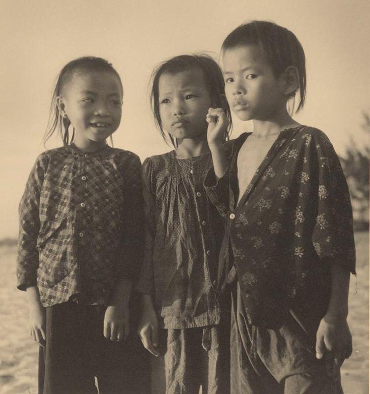 Ján Cifra - Vietnam - portréty. Kamarátky