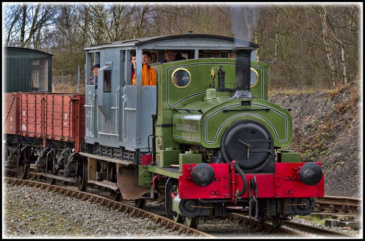 "https://flic.kr/p/brh1GA | Andrew Barclay 1223 0-4-0st ""Colin McAndrew"" former contractors locomotive (1911) 