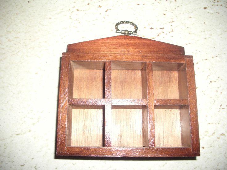 Kleiner Setzkasten Holz m. verziertem Metallaufhänger Deko Sammler Dachbodenfund | eBay
