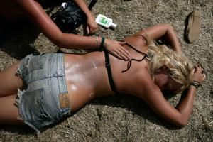 Remove self-tanner stains - Kristian Dowling/Getty Images