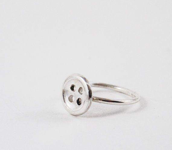 zilveren ring met knoopje van miekedebeensieraden op Etsy