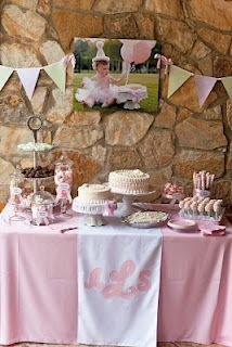 Sweet Pink First Birthday Party for my Little Lady. love this picture! cant wait o do this!