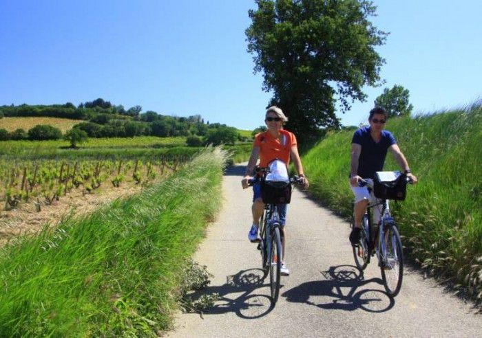 Les villages perchés et les ocres du Luberon à vélo en liberté