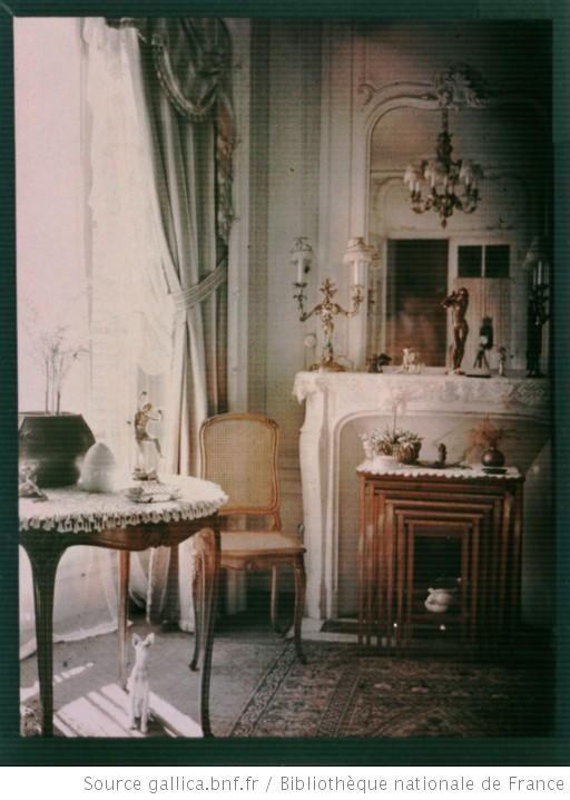 Photo intérieur bourgeois 1900