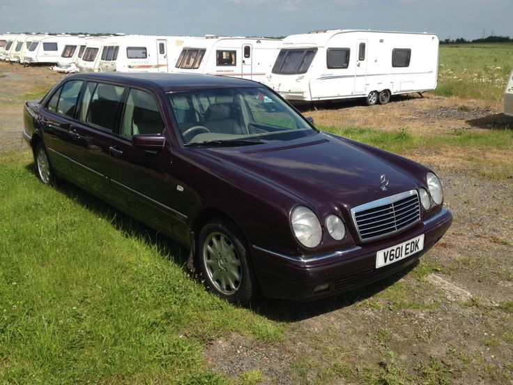 Mercedes limousine e300 td auto not hearse mercedes for Mercedes benz limousine price