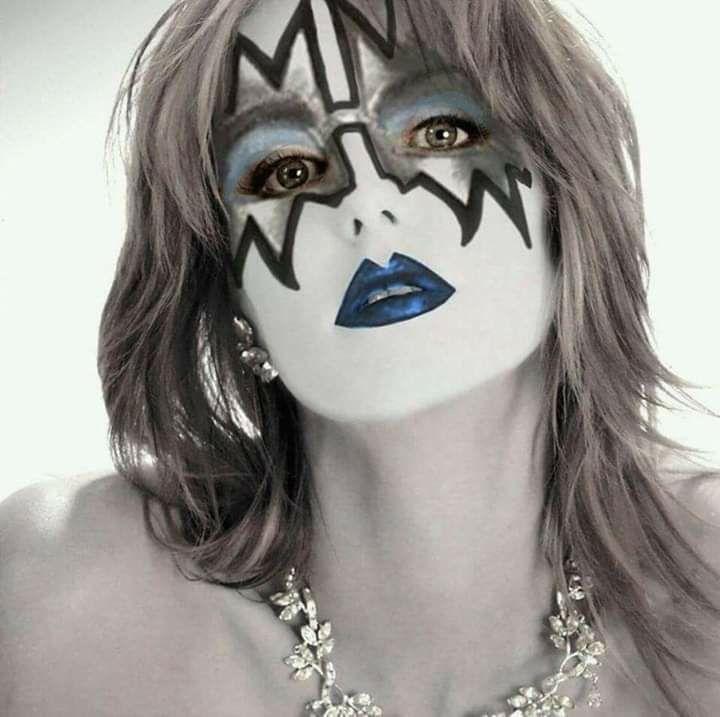 Girls In Kiss Makeup Image By Ricardo J Ferreira Kiss Makeup