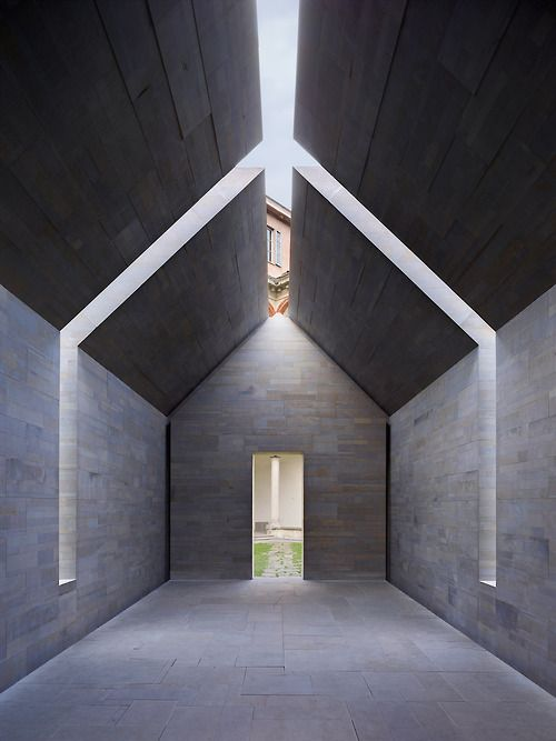 Stone House   John Pawson Location: Milan, Italy