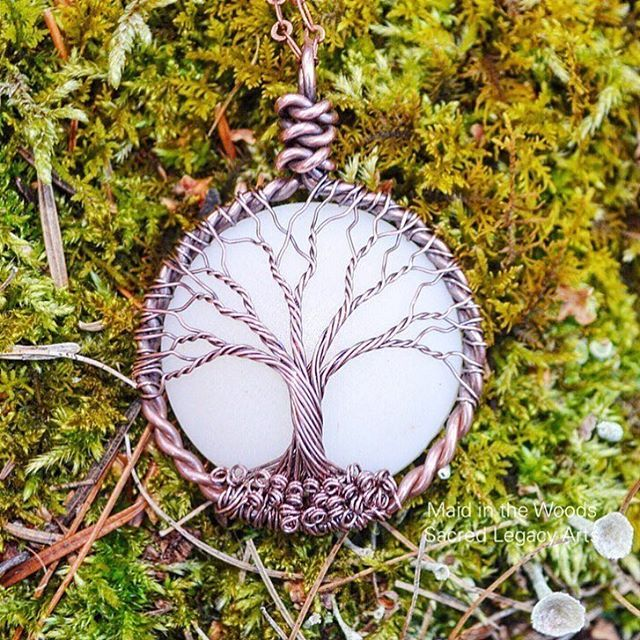 """""""✨Breastmilk jewelry ✨ isn't this piece gorgeous?? My heart has been aching lately as my son is #breastfeeding less and less... I've been working on a post…"""""""