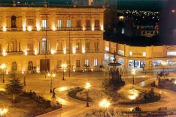 Plaza de Armas in Saltillo, Coahuila, Mexico - Tour By Mexico  ®  http://www.tourbymexico.com/coahuila/saltillo/saltillo.htm