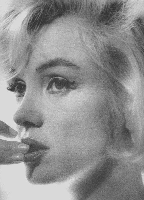 The Last Photos of Marilyn Monroe by Allan Grant, 1962.