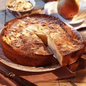 Découvrez la recette gâteau au yaourt poires amandes sur cuisineactuelle.fr.