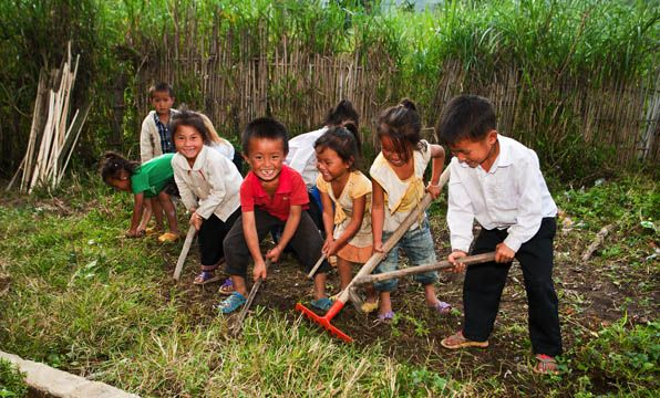 Provide seeds for a school in rural Laos to help kids learn all about growing their own food as part of a school garden project! #giftsforgood