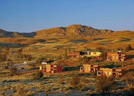 Panoramic view of Desert Horse Inn.