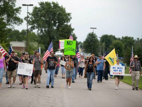 ARMED CITIZENS GATHER IN MICHIGAN, PROTEST 'INVASION' OF ILLEGAL IMMIGRANTS