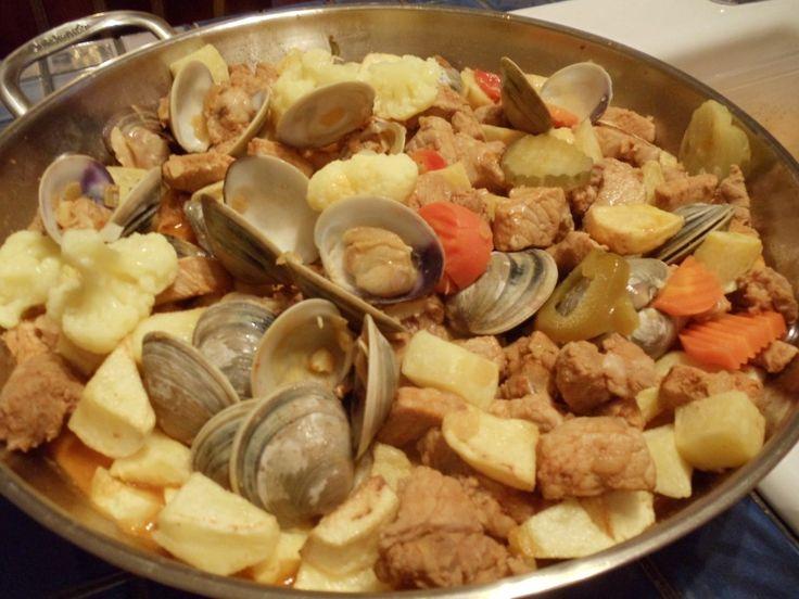 Carne de Porco à Alentejana BY TIA MARIA · http://portuguesediner.com/tiamaria/carne-alentejana/