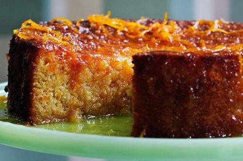 Receita de bolo nunca é demais! Esta aqui então merece lugar de destaque no seu livrinho! Veja uma receita de bolo de laranja vegano delicioso!