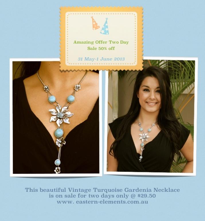 Vintage Turquoise Gardenia Necklace