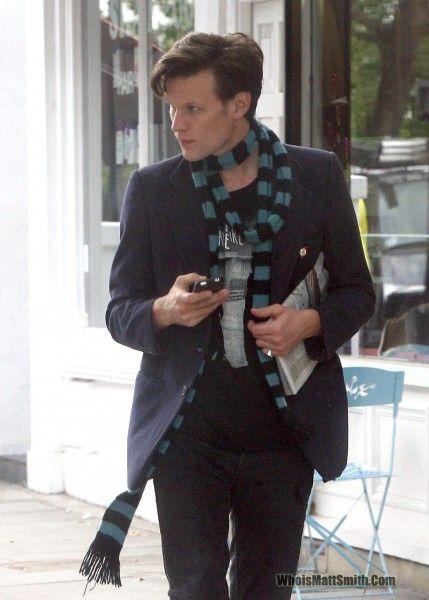 matt smith. Love that scarf ;)