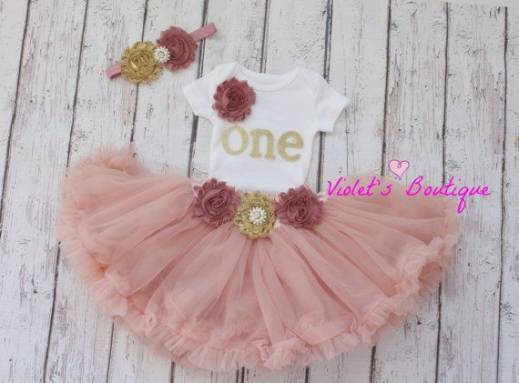 1 st birthday outfit...baby girl pettiskirt..2nd birthday outfit..tutu outfit..girl tutus