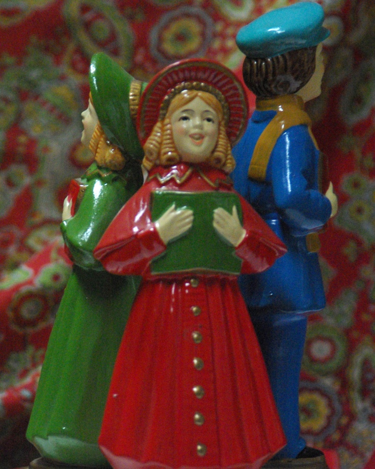 Victorian Christmas Carolers Figurines: 61 Best Images About Vintage Music Boxes On Pinterest