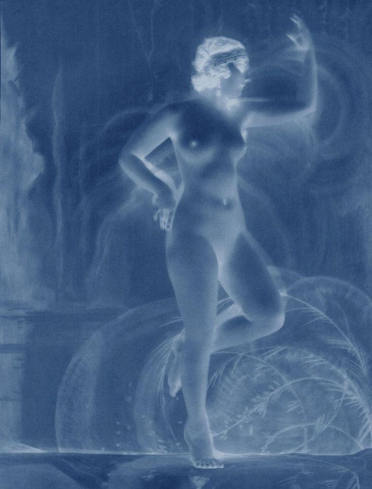 THOMAS RUFF neg◊nus_05, 2014 C-Print. #contemporary #art #photography