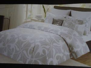 Tahari Gray Amp White Modern Scroll 6 Pc Queen Comforter Set