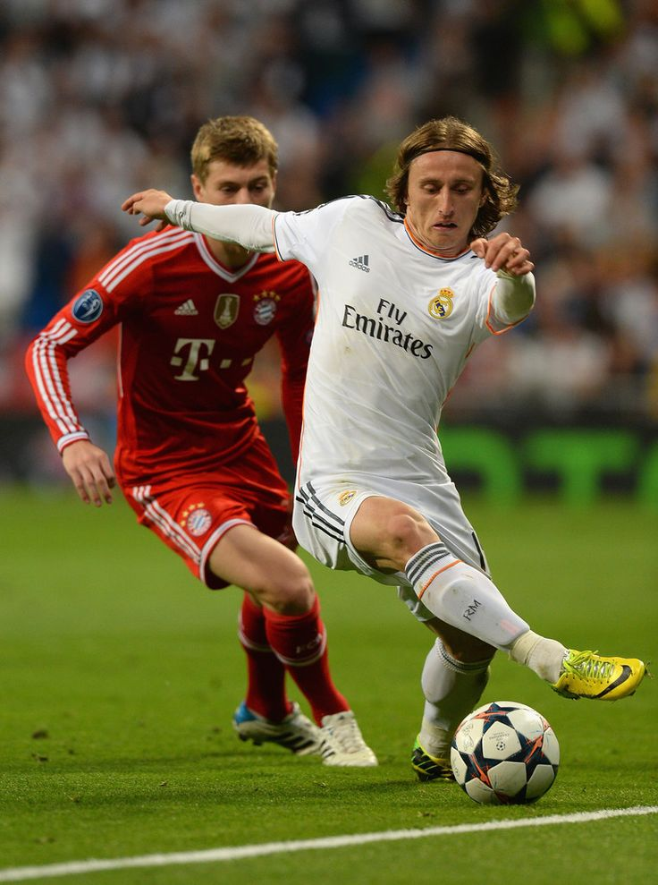 Luka Modric in action during the UEFA Champions League semi-final first leg match between Real Madrid CF and FC Bayern München at Estadio Santiago Bernabéu on April 23, 2014 in Madrid, Spain.