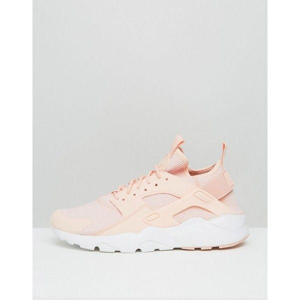Zapatillas de deporte amarillas 833147-701 Huarache Run Ultra de Nike ($165) ❤ liked on Polyvore featuring activewear, nike, nike activewear and nike sportswear