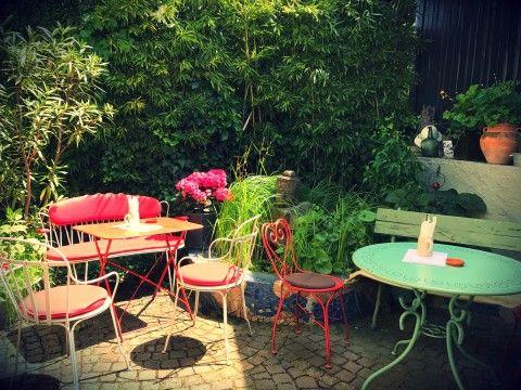 Einfach mal am Wochenende den Zauberflöten Garten geniessen 💏 alle Tabs im Kopf schließen 😉 und mit lecker Essen und gekühlten Getränken im Garten-Restaurant in Offenburg sich verwöhnen lassen 💜💤