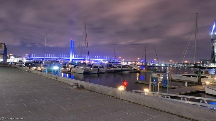 An evening spent at Melbourne Docklands no Supermoon but some great scenery #visitvictoria #visitmelbourne #melbourne #victoria #melbournedocklands