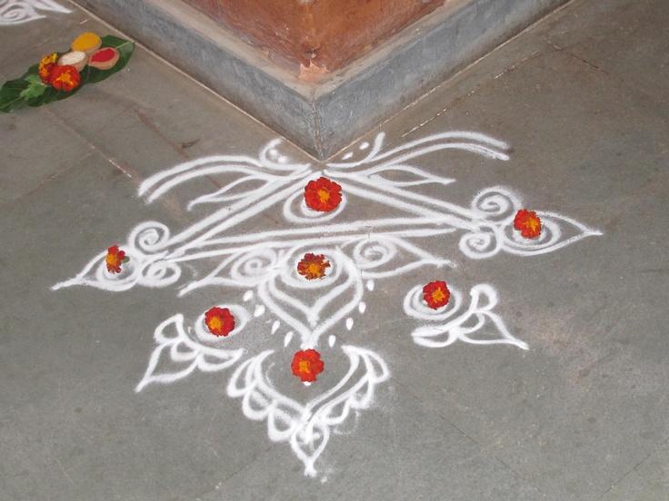 simplicity at its best - rangoli