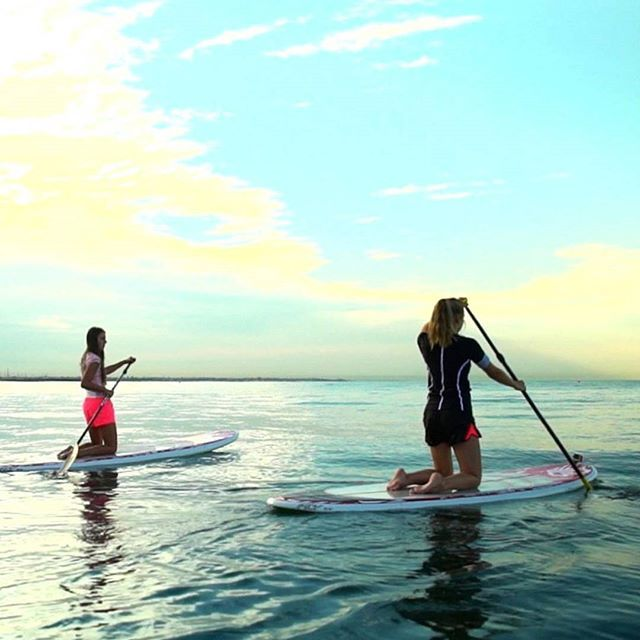Abi likes paddle boarding – where falling off is part of the fun!  Learn more about her story and others through the link in our bio #girlsmakeyourmove #girlsmove