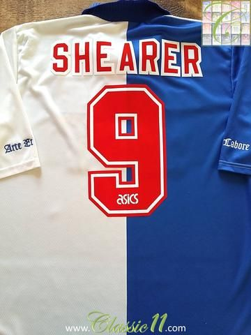 Relive Alan Shearer's 1994/1995 season with this original Asics Blackburn Rovers home football shirt.