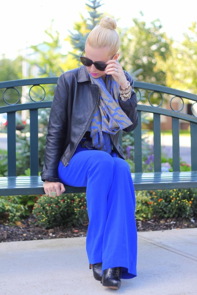 Brooklyn Blonde definitely rocked this black and blue ensemble