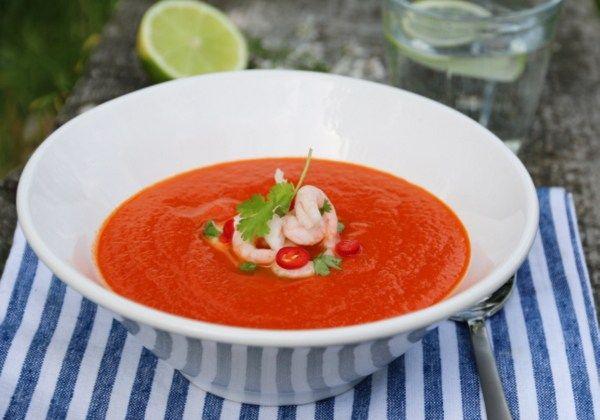 Tomatsuppe med chili, lime og reker - Trines matblogg