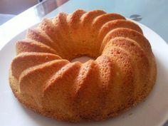 Das perfekte Oma's saftiger Sandkuchen-Rezept mit Bild und einfacher Schritt-für-Schritt-Anleitung: Backmargarine schaumig rühren